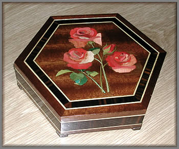 Marquetry applied to a box